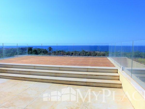דירת גג יוקרתית עם נוף מלא לים 3