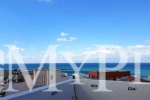 """בבניין יפייפה בקדם """"עג'מי"""" עם נוף לים וחניה"""