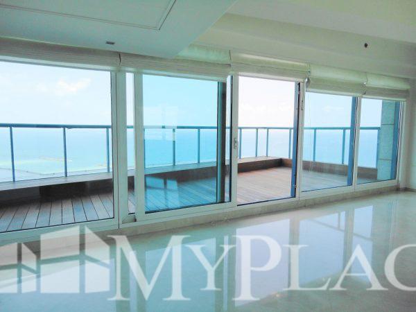 פנטהאוס מדהים עם נוף מלא לים 4