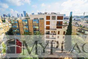 בלב העיר בקומה גבוהה דירת 4 חדרים עם מרפסת מעלית וחניה