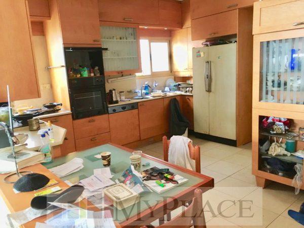 במרכז העיר דירת 4 חדרים עם מעלית 2