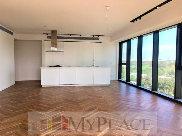 A gorgeous apartment with an open view in the park bavli 1