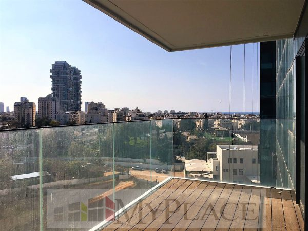 A gorgeous apartment with an open view in the park bavli 4