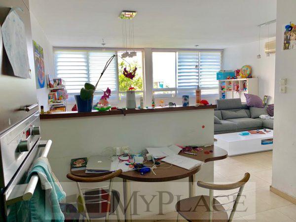 ברחוב בארי המבוקש דירה עם מעלית וחניה בטאבו 2