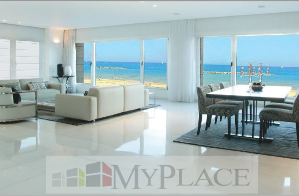 A luxury Apartment with an amazing view of the sea 2