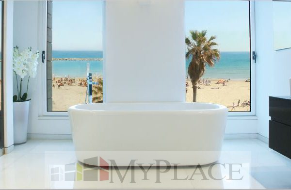 A luxury Apartment with an amazing view of the sea 4