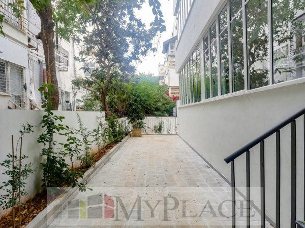 ביוסף אליהו דירת גן בבניין משוחזר עם חניה 7