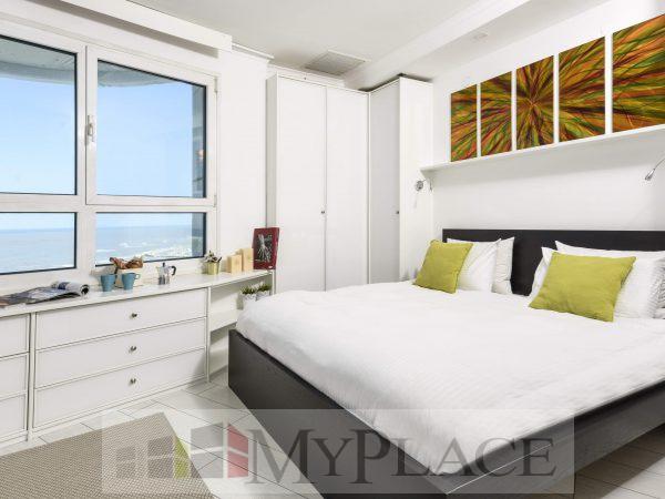 דירת 2 חדרים קו ראשון לים 3