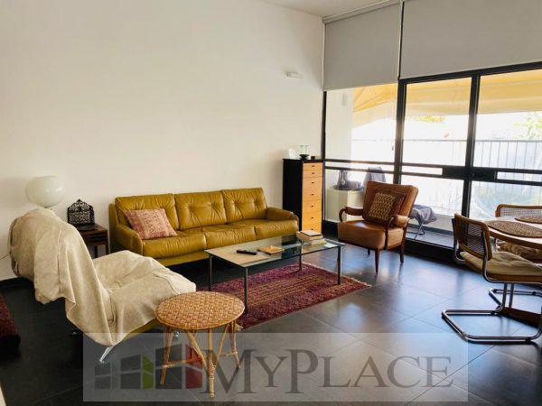 דירה בלב העיר משופצת עם מעלית ומרפסת 2
