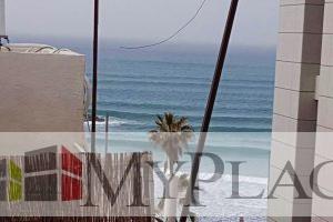 ברחוב יהואש המבוקש דירה משופצת עם נוף לים