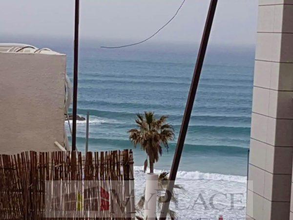 ברחוב יהואש המבוקש דירה משופצת עם נוף לים 2