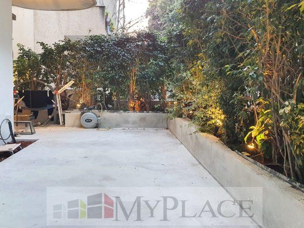 בשדרות בן ציון דירת גן מהממת בבניין לשימור 4