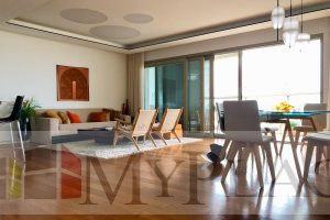 On a high floor with a view of the sea at Levi Eshkol Boulevard