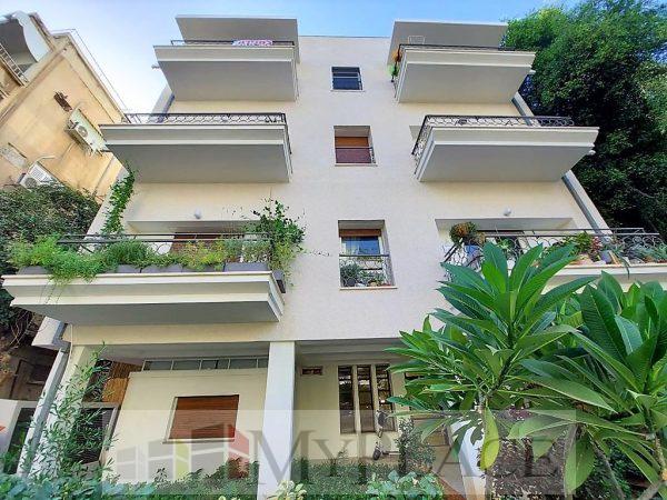 A Garden Apartment In Yosef Eliyahu 7