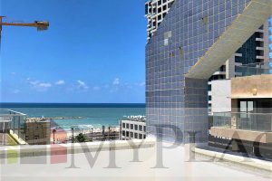 4 rooms near the beach on the sixth floor with a lift and a parking lot