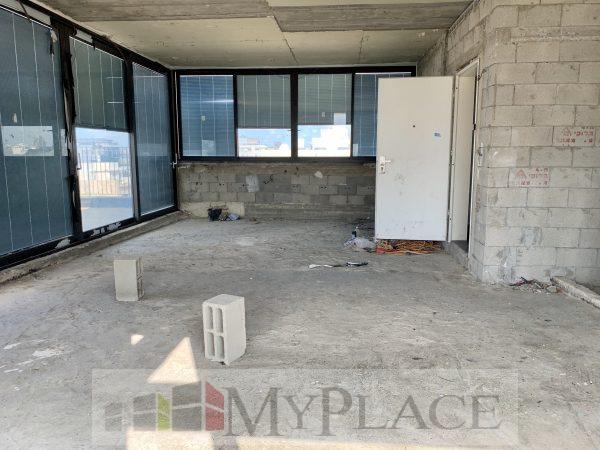 בבניין בוטיק חדש פנטהאוז עם נוף לים 2