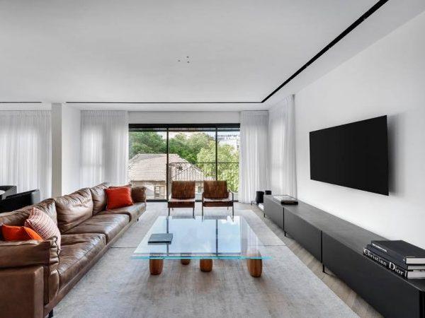 דירה יוקרתית בבניין חדש בלב העיר 1
