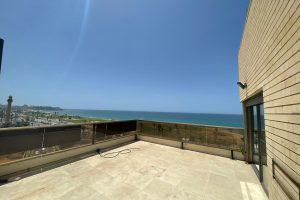 דירת גג ברחוב הירקון ליד הים