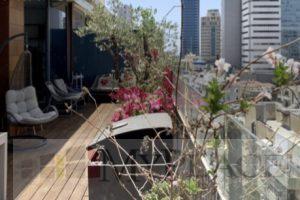 בשכונת לבונטין דירת גג מטריפה עם מעלית וחניה